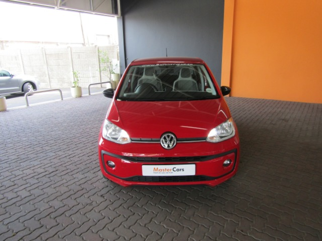 VOLKSWAGEN MOVE UP! 1.0 5DR TORNADO RED