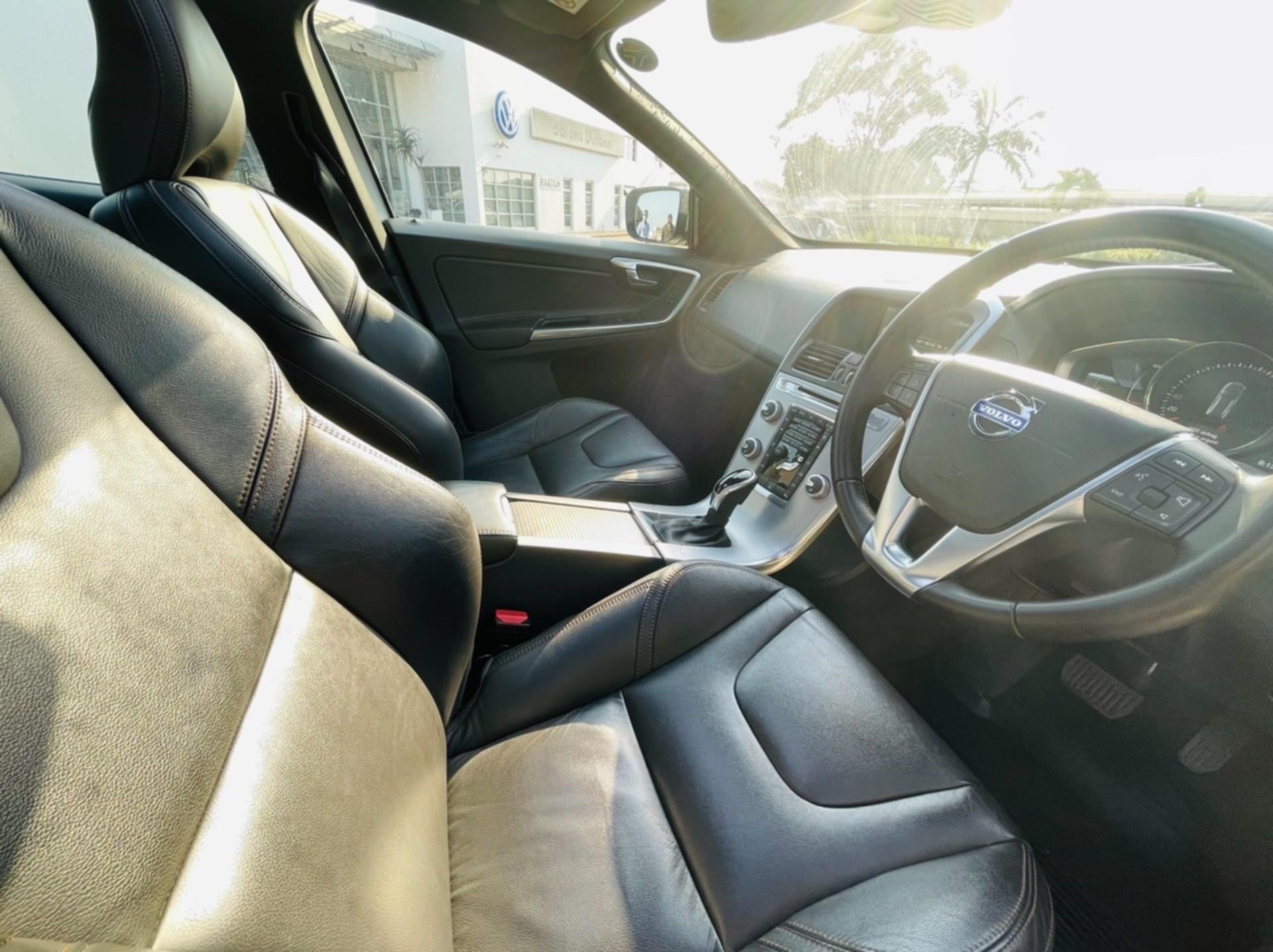 2017 VOLVO XC60 D4 INSCRIPTION GEARTRONIC (DRIVE -E)