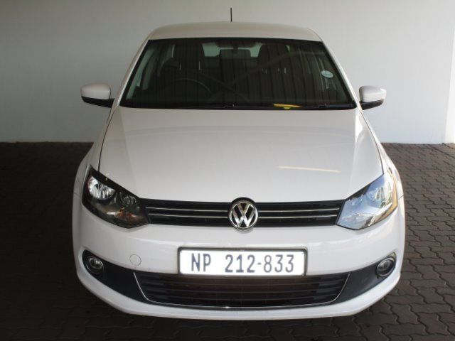VOLKSWAGEN POLO 1.4 COMFORTLINE (2011-5) - (2015-8) CANDY WHITE