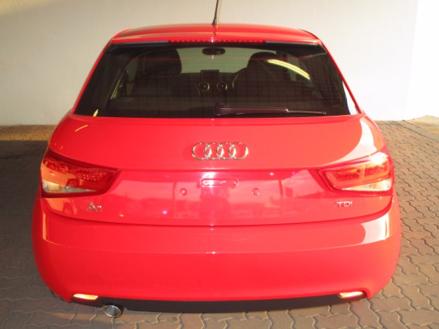 AUDI A1 1.6TDi AMBITION 3Dr (2011-1) - (2015-4) MISANO RED