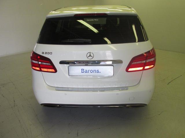 MERCEDES-BENZ B 200 A/T White