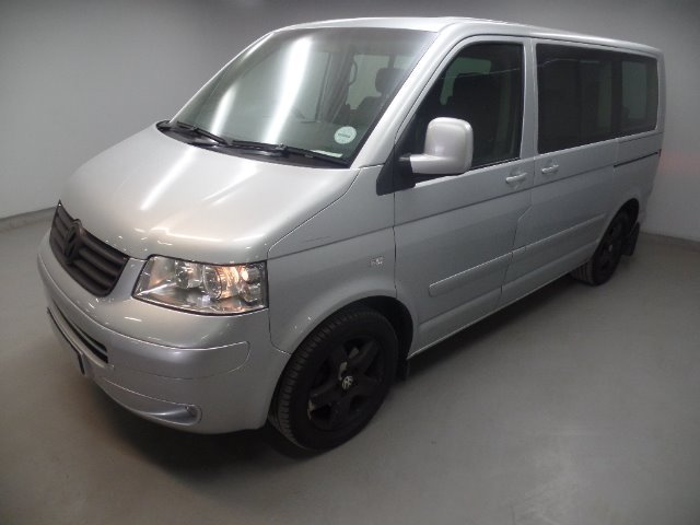 VOLKSWAGEN T5 CARAVELLE 2.5TDi 128kw A/T (2005-1) - (2010-2)