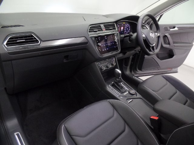 VOLKSWAGEN TIGUAN 2.0 TDI HIGHLINE 4/MOT DSG INDIUM GRAY METALLIC