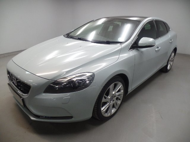 VOLVO V40 T3 ELITE (2012-9) - (2015-6) Silver