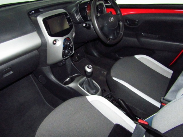 2016 TOYOTA AYGO 1.0  X- PLAY (5DR)