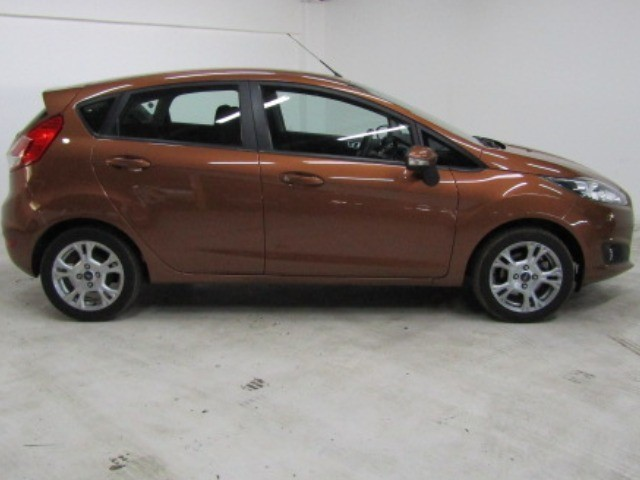 2015 FORD FIESTA 1.4 TREND 5DR