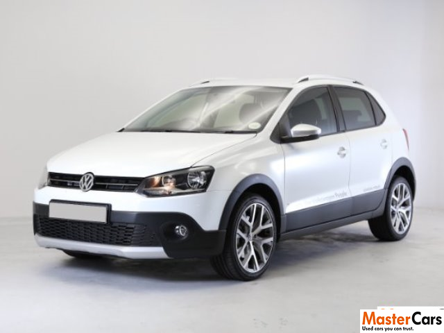2017 pure white volkswagen polo cross 1 2 tsi only r 267995. Black Bedroom Furniture Sets. Home Design Ideas