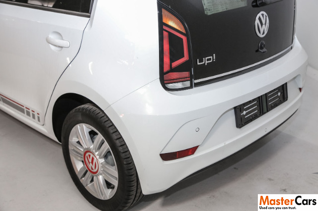 VOLKSWAGEN MOVE UP! 1.0 5DR PURE WHITE