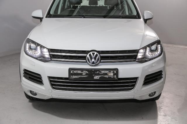 VOLKSWAGEN TOUAREG 3.0 V6 TDI TIP BLU MOT 180kw (2011-8) - (2016-1) Pure White