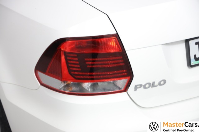 2021 VOLKSWAGEN POLO VIVO 1.4 COMFORTLINE (5DR)