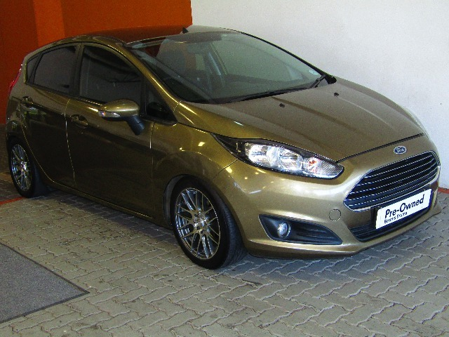 FORD FIESTA 1.0 ECOBOOST TREND 5DR (2013-1) - (2018-5) Fasionista
