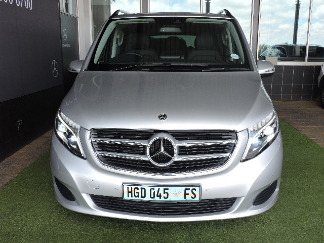 MERCEDES-BENZ V250 BLUETECH A/T Brilliant Silver Met (9744)