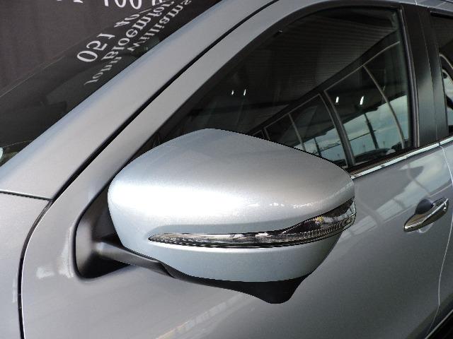 MERCEDES-BENZ X350d 4MATIC POWER Diamond Silver Metallic (9988)