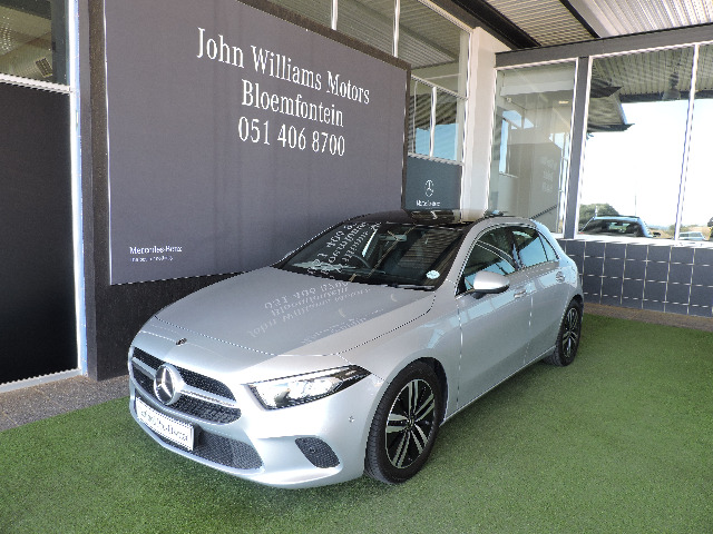 MERCEDES-BENZ A 200 A/T iridium silver metallic