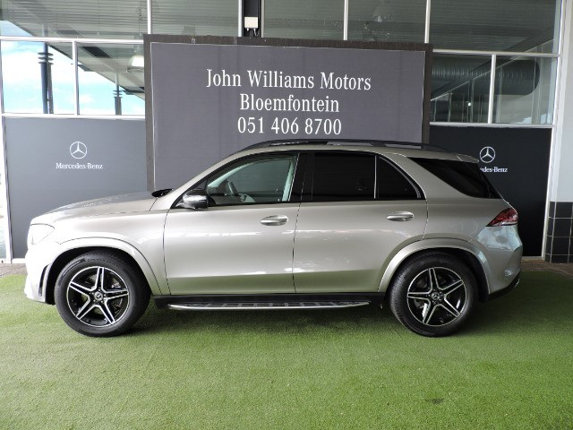 MERCEDES-BENZ GLE 300d 4MATIC mojave silver metallic