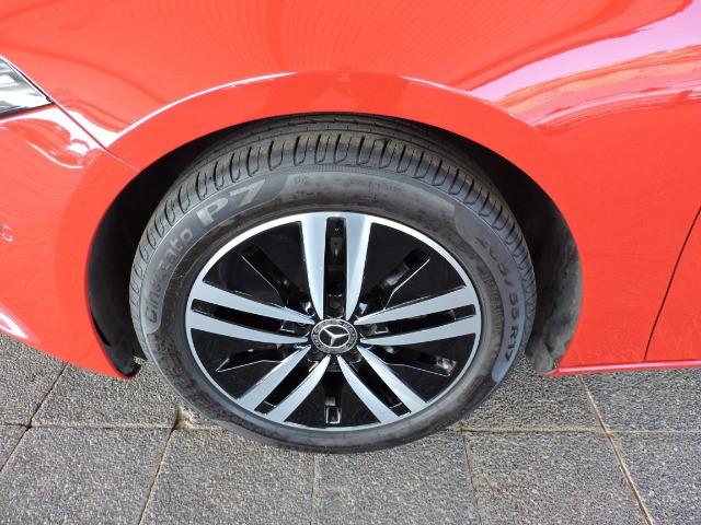 MERCEDES-BENZ A 200 A/T jupiter red