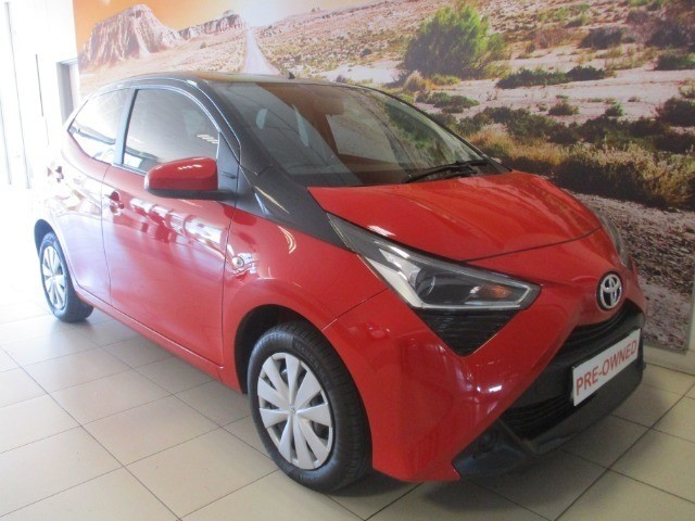 TOYOTA AYGO 1.0  X- PLAY (5DR) (2015-10) - (2018-6)