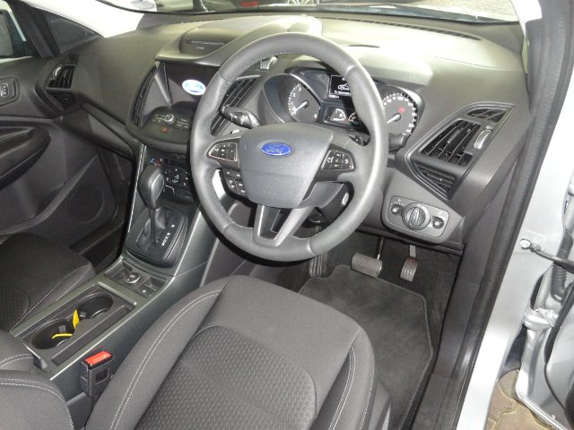 FORD KUGA 1.5 ECOBOOST AMBIENTE A/T
