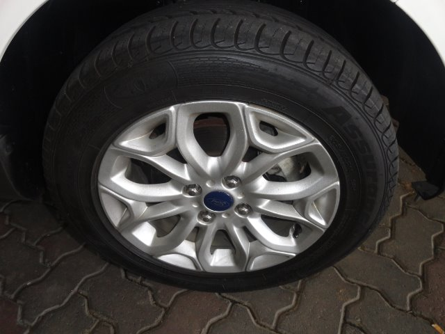 FORD ECOSPORT 1.5TiVCT TITANIUM P/SHIFT  MOONDUST SILVER