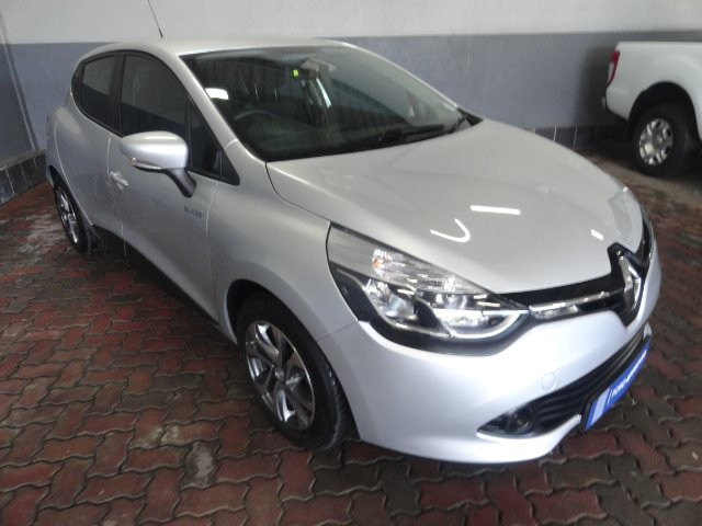 RENAULT CLIO IV 900 T EXPRESSION 5DR (66KW) Grey