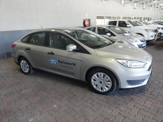 FORD FOCUS 1.0 ECOBOOST TREND A/T TECTONIC SILVER