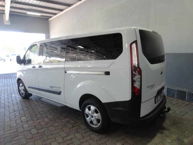 FORD TOURNEO CUSTOM 2.2TDCi TREND LWB (92KW) FROZEN WHITE