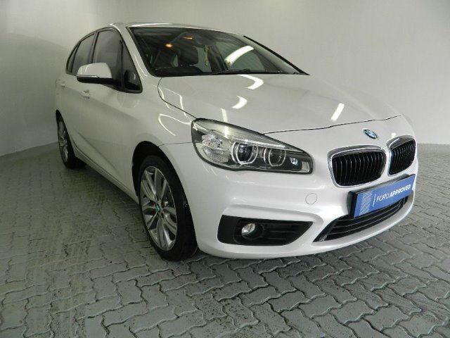 BMW 218i ACTIVE TOURER A/T  (2015-1) - (2018-7)