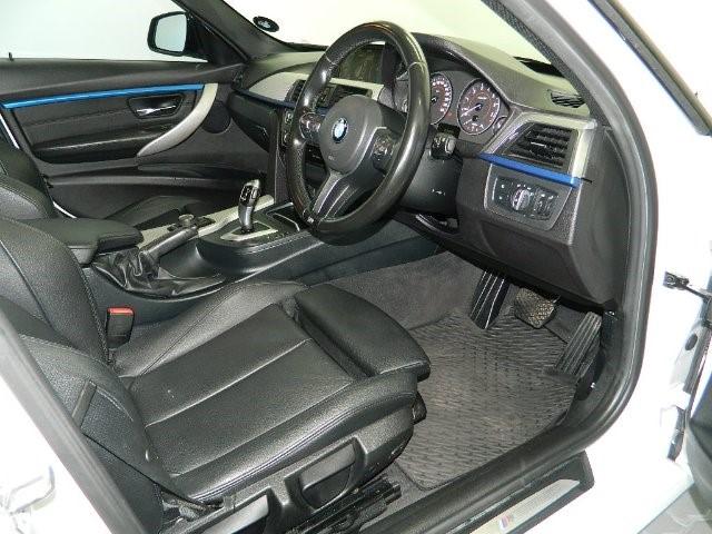 2016 BMW 318i M SPORT A/T (F30)