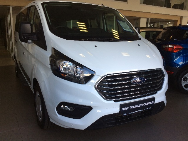 FORD TOURNEO CUSTOM 2.2TDCi  AMBIENTE LWB Frozen white