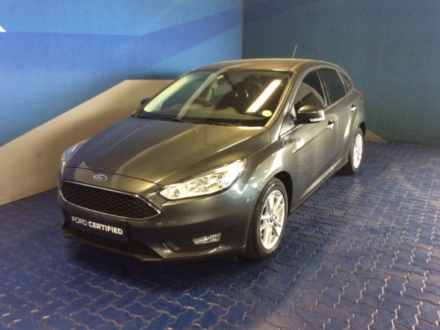 FORD FOCUS 1.0 ECOBOOST TREND 5Dr