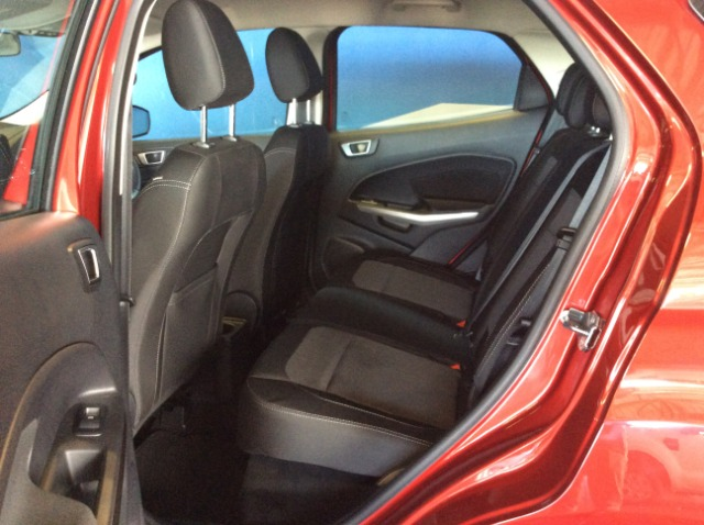FORD ECOSPORT 1.0 ECOBOOST TREND A/T Ruby Red