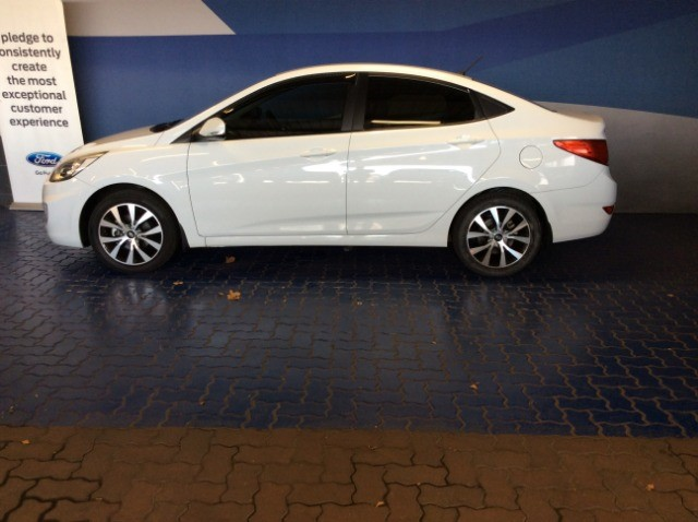 2018 HYUNDAI ACCENT 1.6 GLS/FLUID