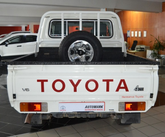 TOYOTA LAND CRUISER 79 4.0P P/U D/C White