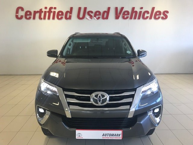 TOYOTA FORTUNER 2.8GD-6 R/B Graphite Grey Metall