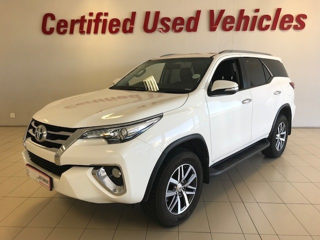 TOYOTA FORTUNER 2.8GD-6 R/B A/T White