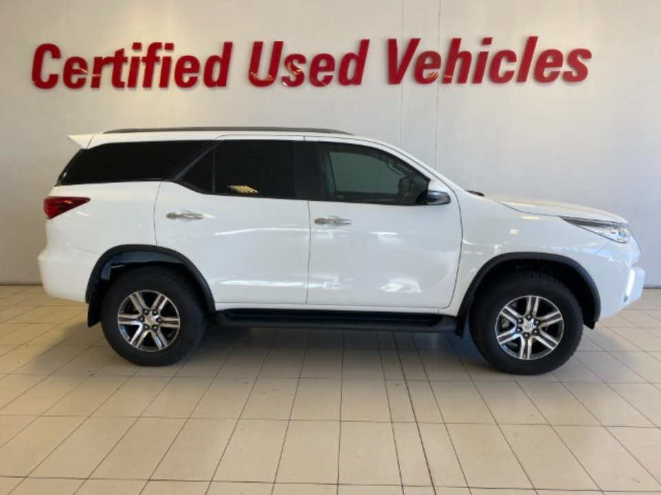 2019 TOYOTA FORTUNER 2.4GD-6 R/B A/T