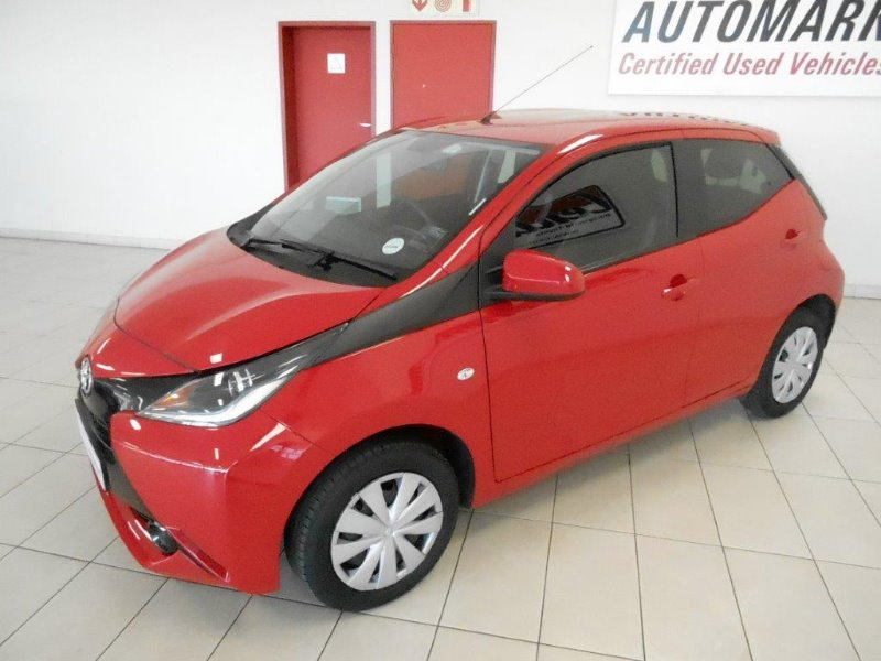 TOYOTA AYGO 1.0 (5DR) Cherry Red