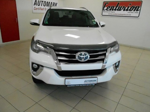 TOYOTA FORTUNER 2.8GD-6 R/B A/T Silver