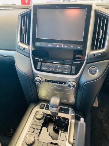 2018 TOYOTA LANDCRUISER 200 V8 4.5D VX-R A/T