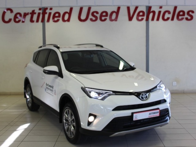 TOYOTA RAV4 2.2D VX AT