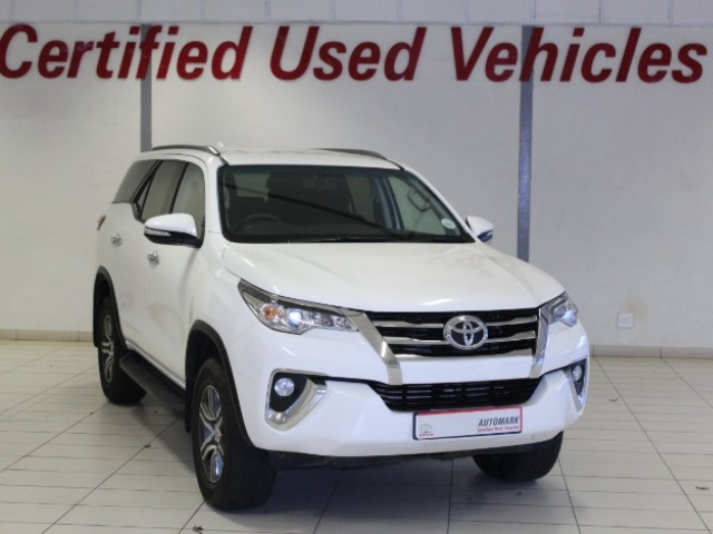 TOYOTA FORTUNER 2.4GD-6 R/B A/T