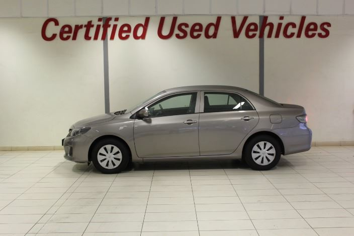 TOYOTA COROLLA QUEST 1.6 Brown