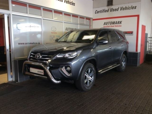 TOYOTA FORTUNER 2.8GD-6 R/B A/T Graphite Grey Metall