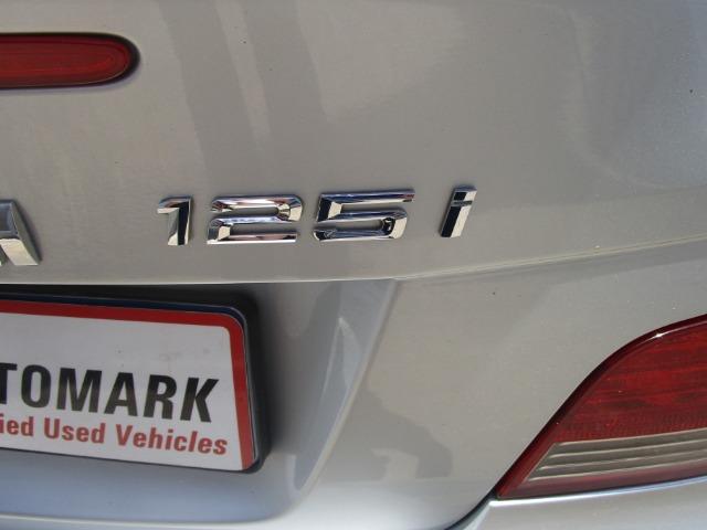BMW 125i CONVERTIBLE A/T (2008-2) - (2014-3) Titanium Silver