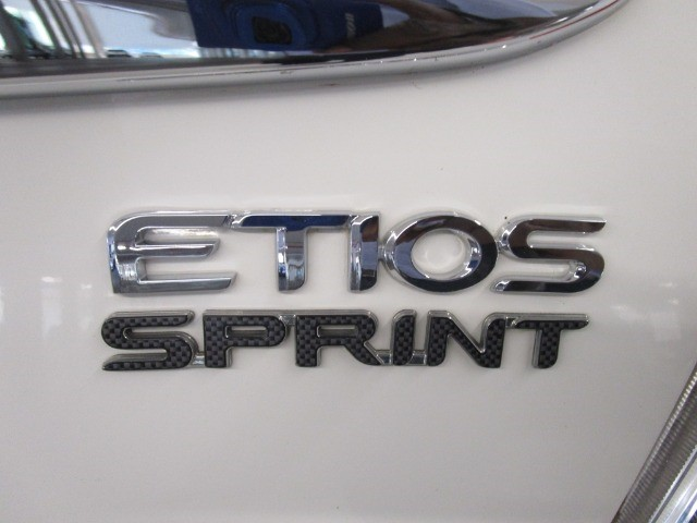 2017 TOYOTA ETIOS 1.5 Xs/SPRINT 5Dr