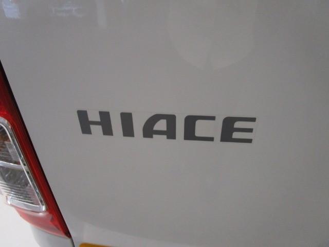2021 TOYOTA QUANTUM HIACE 2.5 D-4D 14 SEAT