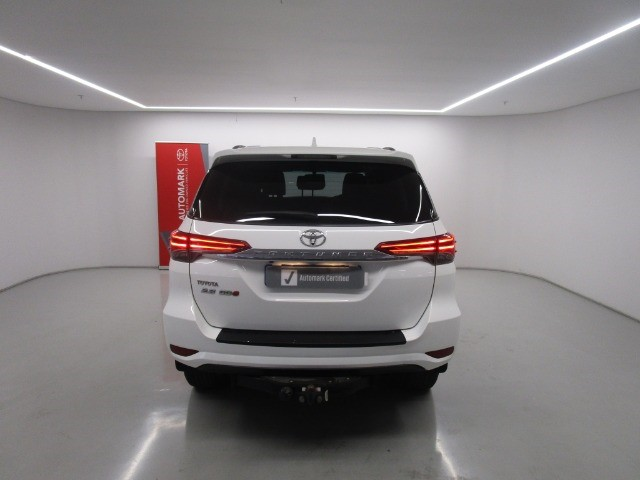2017 TOYOTA FORTUNER 2.8GD-6 R/B A/T