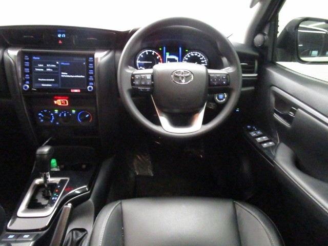 2021 TOYOTA FORTUNER 2.4GD-6 R/B A/T