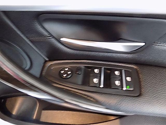 BMW 318i M SPORT A/T (F30) (2015-8) - (2019-3) White