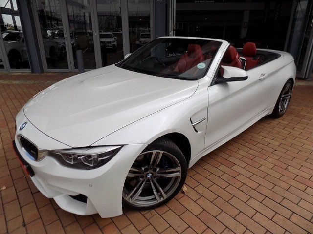 2017 BMW M4 CONVERTIBLE M-DCT (F83)
